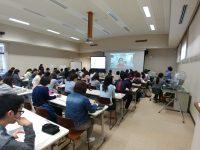 本学の学部生を対象に豪州NPのDone Heppner先生による特別講義が開催されました